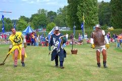 Schottische mittelalterliche kostümierte Fußkämpfer Stockfotografie