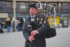Schottischer Dudelsackpfeifer, Edinburg, Schottland Lizenzfreies Stockbild