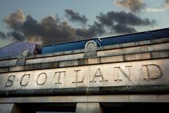 Schottland-Zeichen schnitzte in Stein in der Hauptstadt Edinburgh Stockbilder