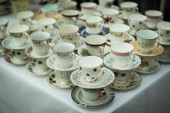 Schräg gelegene Teetabelle lizenzfreies stockfoto