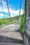 Schrägseilbrücke auf La Reunion Island lizenzfreie stockfotografie
