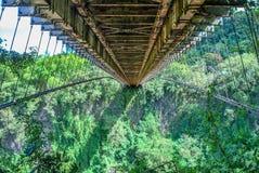 Schrägseilbrücke auf La Reunion Island stockfotografie