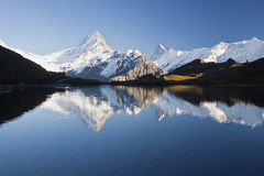 Schreckhorn del lago Fotografía de archivo libre de regalías