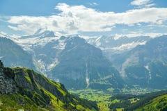 Schreckhorn-Spitze in den Schweizer Alpen lizenzfreies stockfoto
