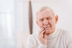 Schreckliche Zahnschmerzen Stockfoto