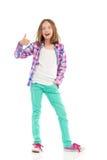 Schreeuwend meisje met omhoog duim Royalty-vrije Stock Fotografie