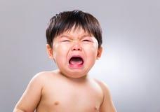 Schreeuwende Aziatische baby royalty-vrije stock fotografie