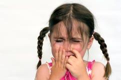 Schrei des kleinen Mädchens lizenzfreies stockbild