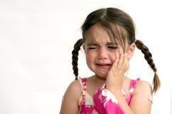 Schrei des kleinen Mädchens Stockbild