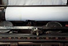 Schreiben auf der Weinleseschreibmaschine Lizenzfreies Stockbild