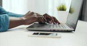 Schreiben auf Laptop stock video footage