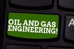 Schreiben der Anmerkung, die Öl-und Gas-Technik zeigt Geschäftsfoto Präsentationserdölfirmenindustrieller Verfahrensingenieur lizenzfreie stockbilder