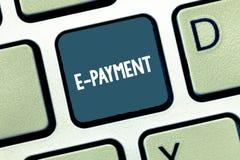 Schreiben der Anmerkung, die e-Zahlung zeigt Präsentationsweise des Geschäftsfotos von für Warendienstleistungen elektronisch zah stockbilder