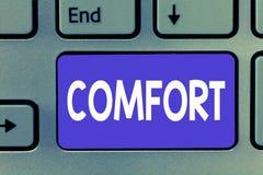 Schreiben der Anmerkung, die Komfort zeigt Geschäftsfoto, das körperliche Leichtigkeit Freiheit von Schmerz Entspannung bequem st lizenzfreie stockbilder