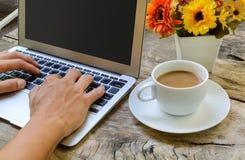 Schreiben mit Tastatur Stockfotos