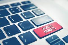 Schreibenauftauchender roter Knopf der Computertastatur Lizenzfreie Stockfotos