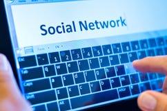 Schreibendes Sozialnetz stockfoto