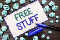 Schreibensanmerkung, die freies Material zeigt Geschäftsfotopräsentation ergänzend frei von den Kosten Chargeless gratis Costless Lizenzfreies Stockbild