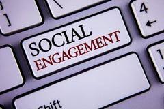 Schreibensanmerkung, die gesellschaftliche Verpflichtung zeigt Präsentationsbeitrag des Geschäftsfotos erhält hohes Reichweite Gl stockbilder