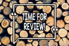 Schreibensanmerkung, die Zeit für Bericht zeigt Geschäftsfoto Präsentationsbewertungs-Feedback-Moment Perforanalysisce Rate Asses lizenzfreie abbildung