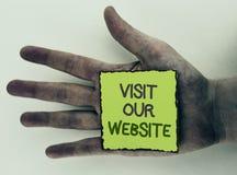 Schreibensanmerkungs-Vertretung Besuch unsere Website Geschäftsfoto Präsentationseinladungs-Uhrwebseite Link zu homepage-Blog-Int Stockbild