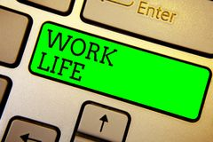 Schreibensanmerkungsvertretung Arbeits-Leben Geschäftsfoto, das eine tägliche Aufgabe zu ERN-Geld zur Schau stellt, Bedarf von ei stockbild