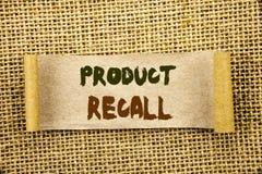 Schreibenstext, der Rückruf eines fehlerhaften Produktes zeigt Geschäftsfoto Präsentationsrückruf-Rückerstattungs-Rückkehr für di lizenzfreie stockfotografie