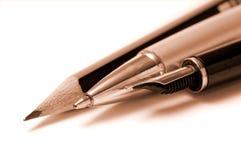 Schreibenswerkzeuge lizenzfreie stockbilder