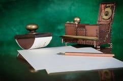 Schreibenswerkzeuge stockbilder