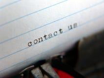 Schreibmaschine - bringen Sie uns in Kontakt lizenzfreies stockfoto