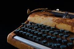 Schreibmaschine, Warteinspiration Weinlese Rusty Typewriter Ma Lizenzfreies Stockbild