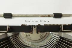 Schreibmaschinen-Rückseite in meine Tage stockfotografie
