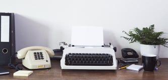 Schreibtisch der Achtziger Jahre Stockbilder