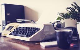 Schreibtisch der Achtziger Jahre Stockfotos