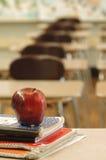 Schreibtisch des Lehrers Stockfotografie