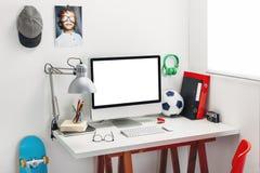 Schreibtisch im Schlafzimmer eines Kindes. Stockfotografie