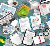 Schreibtisch mit Papieren stock abbildung