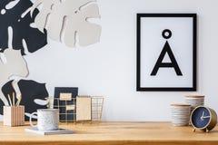 Schreibtisch- und Wanddekoration Lizenzfreies Stockfoto