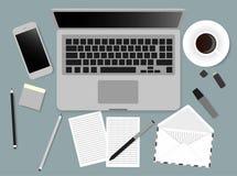 Schreibtischlaptopschirm-Vektorillustration von Geschäftsleuten Spitzenblickwinkel über dem Büro Lizenzfreie Stockfotos