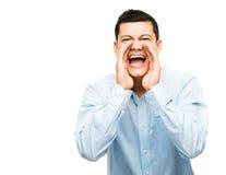 Schreiender verärgerter lokalisierter weißer Hintergrund des asiatischen Geschäftsmannes Stockfoto