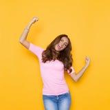 Schreiendes Frauen-Zujubeln Lizenzfreie Stockfotos