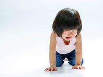 Schreiendes Isolat des asiatischen Mädchens lizenzfreie stockfotos