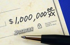 Schrijf een controle van één miljoen dollars Stock Afbeeldingen