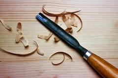 Schrijnwerkershulpmiddelen op houten lijstachtergrond Stock Foto