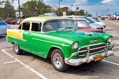 Schrijver uit de klassieke oudheid 1955 Chevrolet in Havana Royalty-vrije Stock Foto