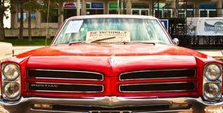 Schrijver uit de klassieke oudheid 1965 Convertibel Pontiac GTO Stock Afbeelding