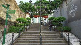 Schritte in altem Taipa, Macao (timelapse) stock video