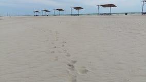 Schritte auf Sand Stockfotografie