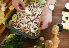 Schritte des Kochens des französisch-ähnlichen Fleisches Lizenzfreie Stockfotografie