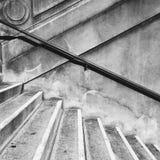 Schritte und Handlauf Stockfoto